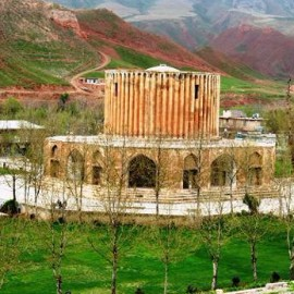 Trip to Iran for visit Historical places، iran travel agencies ،Iran tour packages، tour operators in iran
