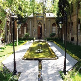 trip to Iran for visit Negarestan complex، iran travel guide، iran private tours، Holiday tour to Iran، group tours to iran