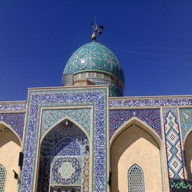 Trip to Iran for visit amazing forts، Travel agencies، Tour operators in iran، iran hotels، Booking hotel in iran
