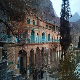 Chak Chak and temple، iran travel agencies ،Iran tour packages، tour operators in iran