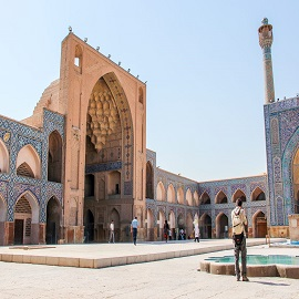 Travelling in group to Iran، iran travel agencies ،Iran tour packages، tour operators in iran