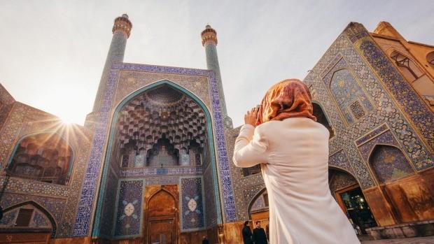 iran travel guid