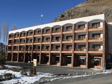DIZIN، Tour operators in iran، iran hotels، Booking hotel in iran، Booking hotel in iran