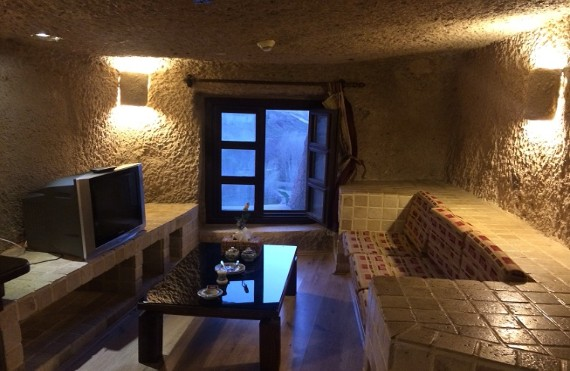 LALEH KANDOVAN، trip to iran،visit iran، iran travel agencies