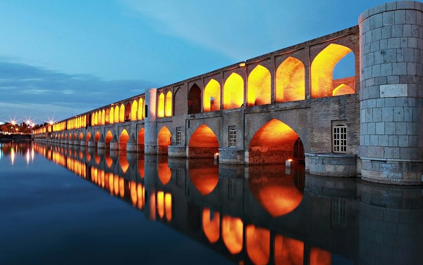 si-o-se pole Isfahan